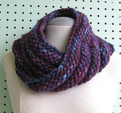 Bulky Mobius Cowl by Haley Waxberg